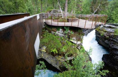 Viewing platforms & bridges
