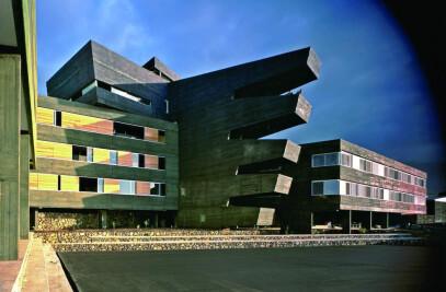 Rafael Arozarena High School