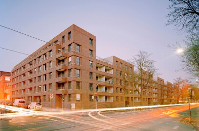 "residential block ""Voltastraße"""