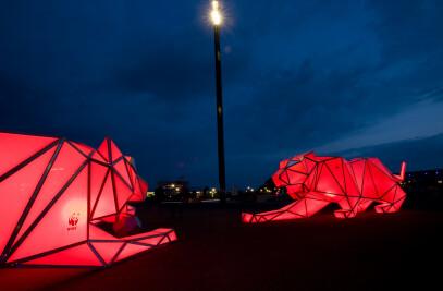 Digital origami tigers