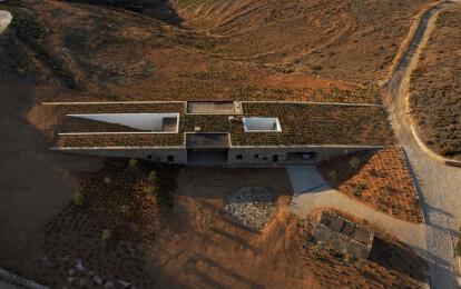 Deca Architecture