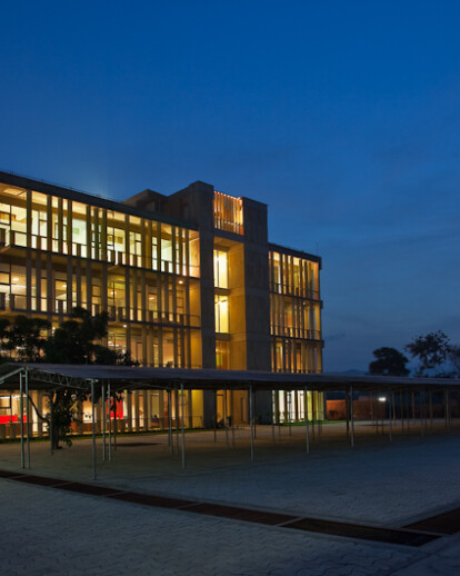 Wolkem Office Building