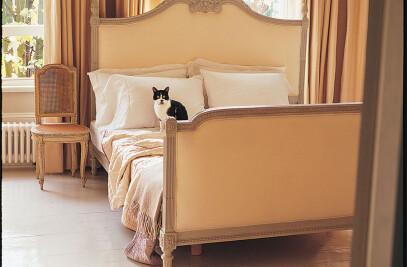 Louis XVI Rosace bed