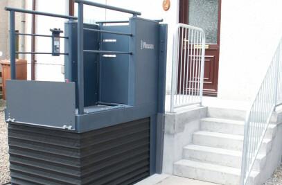 LR Steplift