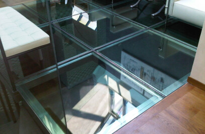 Glass floor glass with stainless steel frame