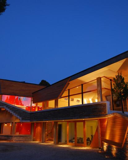 Ribbon House