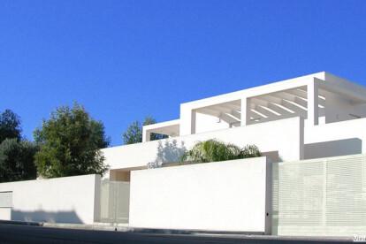 m-g house