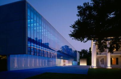 Paul & Lulu Hilliard University Art Museum