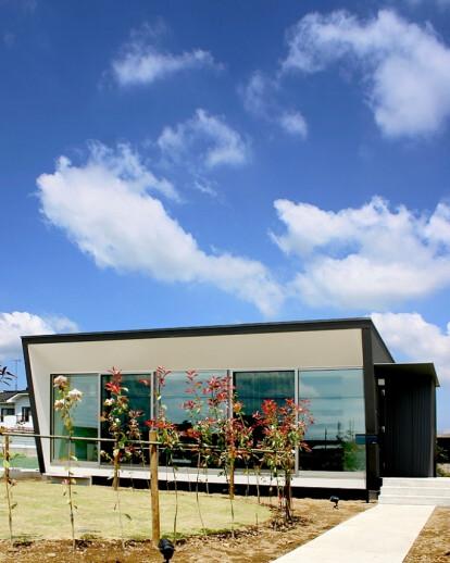 House with Concrete louvers