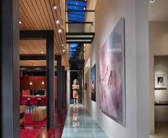 Main Level Gallery