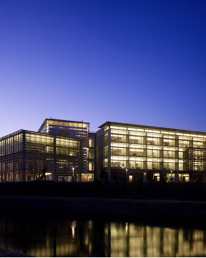 University of California, Merced - Kolligian Library