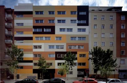 33 viviendas de protección pública y garaje