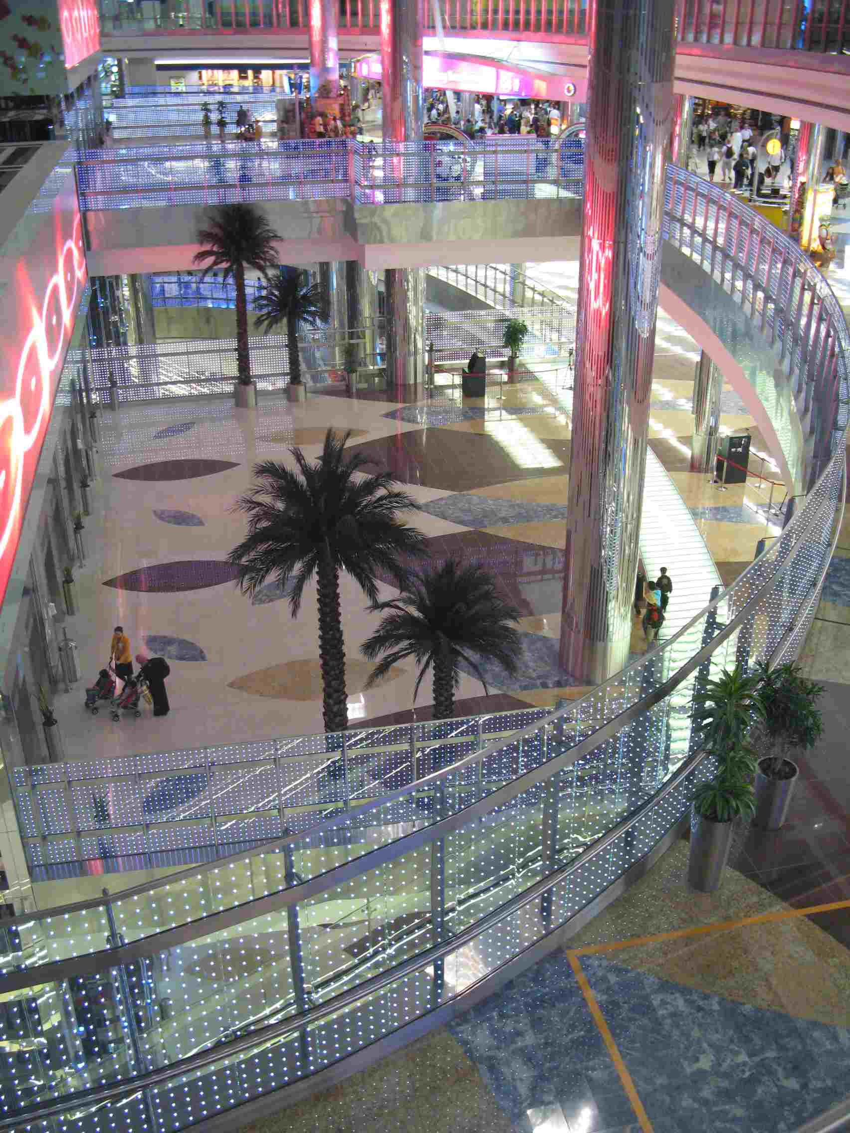powerglass® balustrades / Dubai Airport