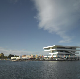 Veles e Vents Building and America's Cup Park