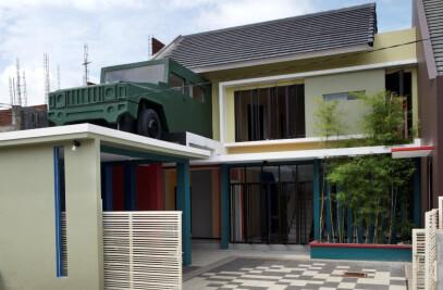 Officer House