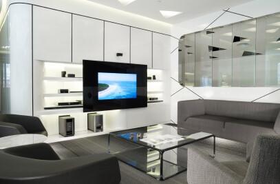 Residential Livingroom Glass TV Solution
