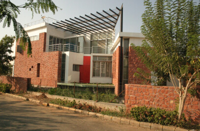 Wadaskar House