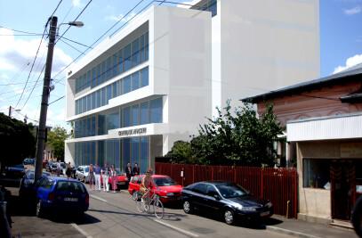 Maxi Go   Educational Center