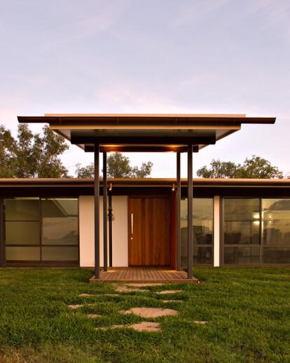 Balonne River House