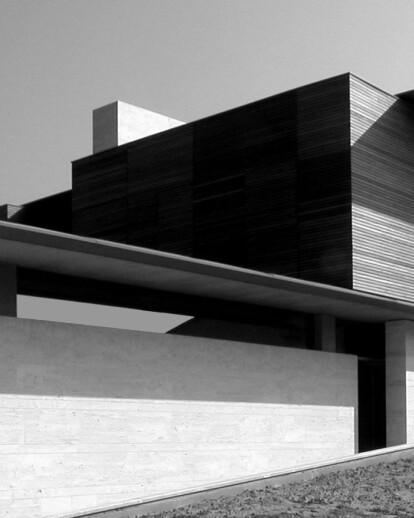 Villa R, a  tribute to Wright