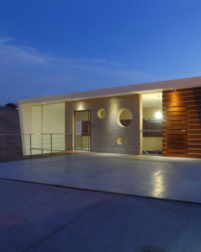Beach House E-3