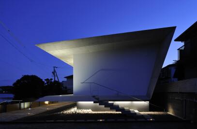 Beach House - I  /  sea viewing platform