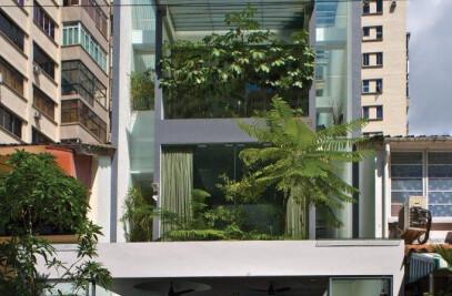 Elok House