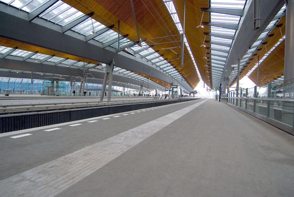 Amsterdam Bijlmer Arena TRAIN STATION