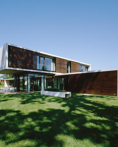 House LK