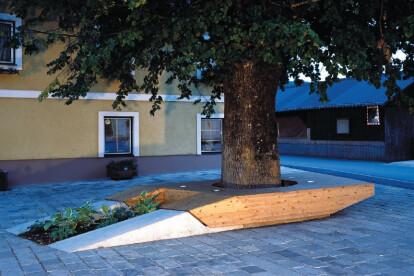 Village Square Zweinitz