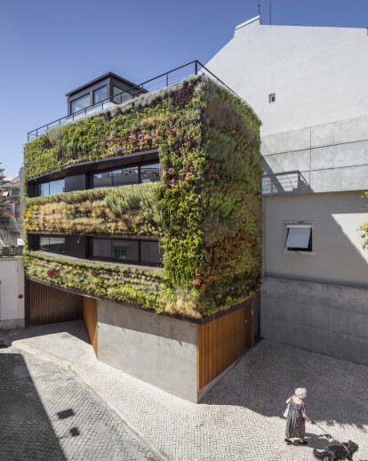 HOUSE IN TRAVESSA DO PATROCÍNIO