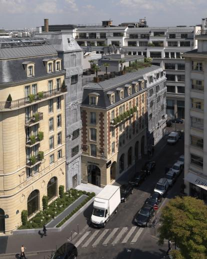 Fouquet's Barriere Hotel