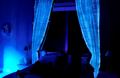 Luminous curtain