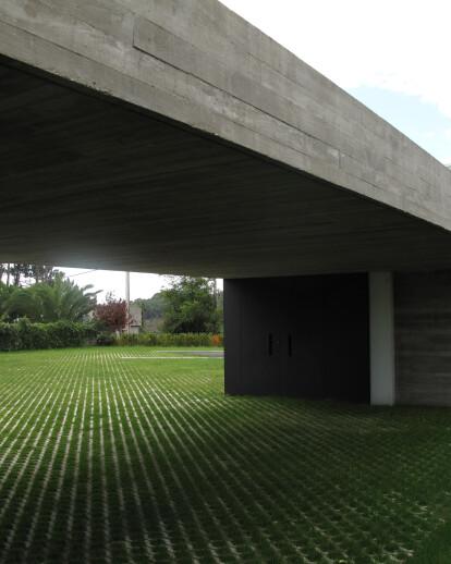 HOUSE IN PORTONOVO