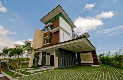 Lot.18 House