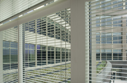 Interior Venetian Blinds by Hunter Douglas Contract