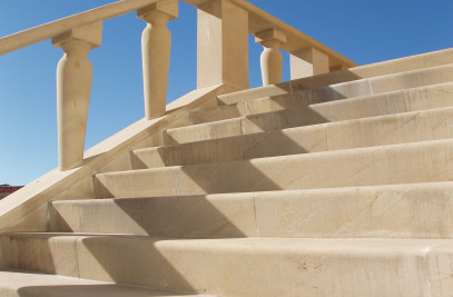 Natural Stone Stairscases - Spanish Sandstone / Li