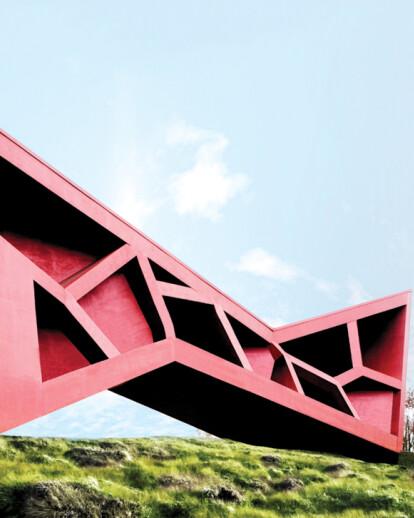 Bridging Tea House