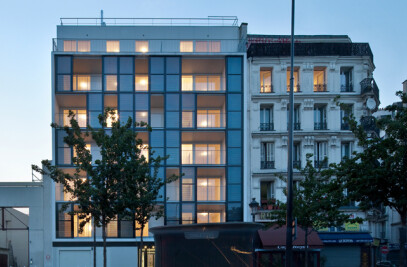 THERMOSOLAR PANELS ON A FACADE : 17 council flats housing with innovative technology