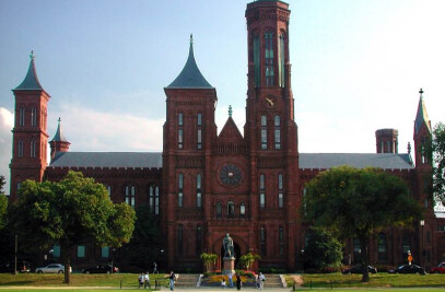 THE SMITHSONIAN INSTITUTION MASTER PLAN IN WASHINGTON D.C