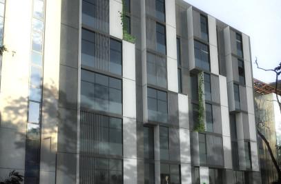 Office Building in Gumussuyu
