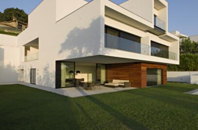 CS HOUSE