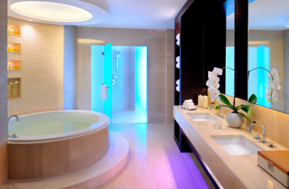 Bagno Design fits out bathrooms in Marriott Marquis hotel