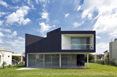 Miraflores House