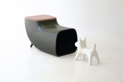 Happilyever dog house & stool