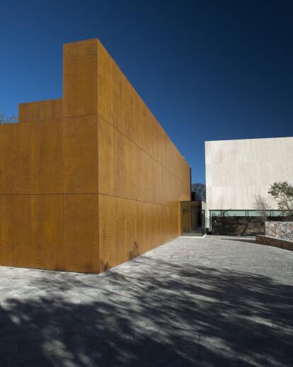 MTY HOUSE