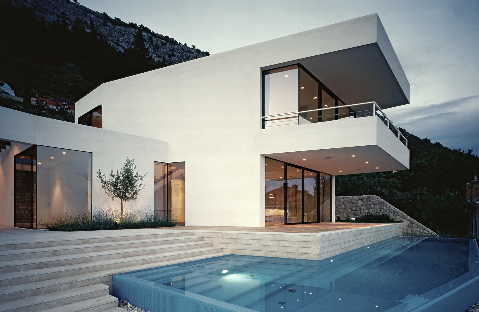 House U