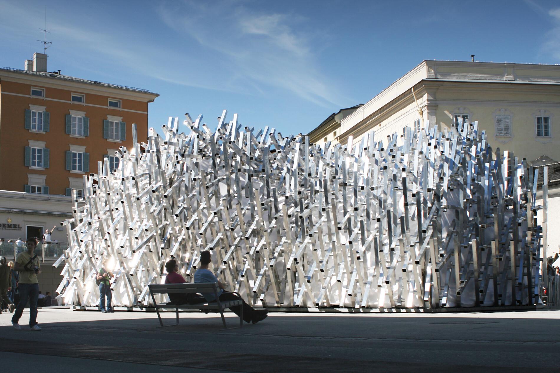 """Mobile Art Pavillon """"White Noise"""""""