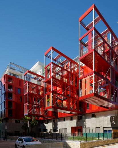 Version Rubis Housing