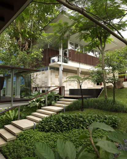 BISHOPSGATE HOUSE